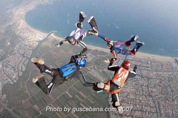 paracaidismo--Stiletto-Team-04-by-Gustavo-Cabana-.JPG