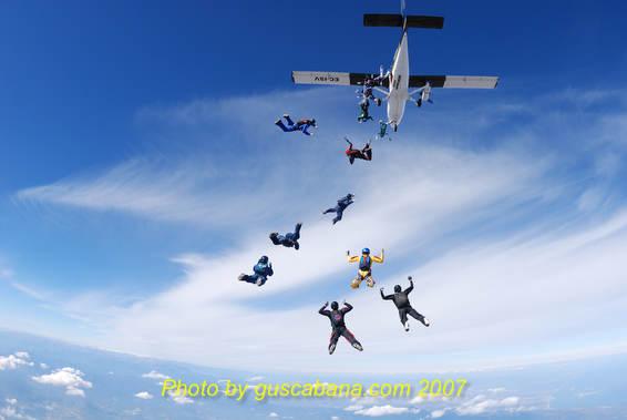 paracaidismo--021007_airsp_chall_gus-(6).JPG