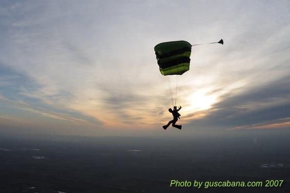 paracaidismo--07-12-29_1209.JPG