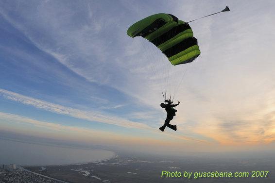 paracaidismo--07-12-29_1210.JPG