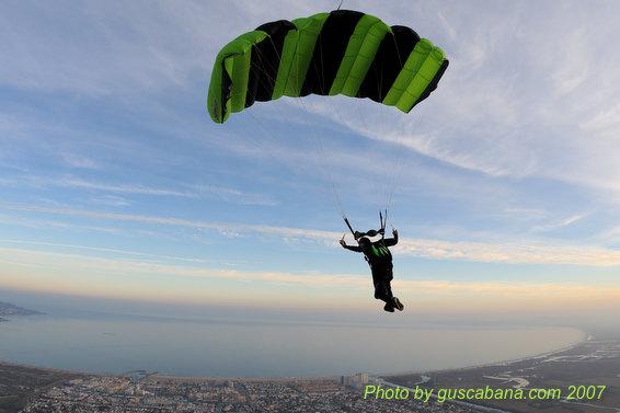 paracaidismo--07-12-29_1211.JPG