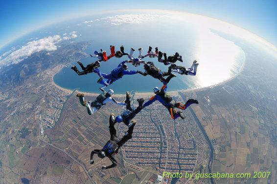 paracaidismo--08-01-01_1362.JPG