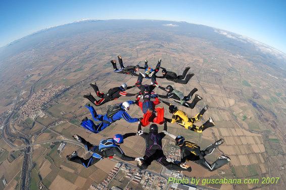 paracaidismo--08-01-01_1396.JPG