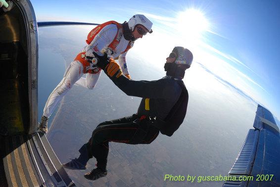 paracaidismo--08-01-01_1485.JPG