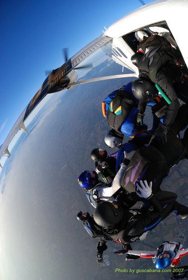 paracaidismo--08-01-01_1577.JPG