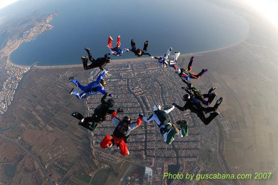 paracaidismo--08-01-01_1609.JPG
