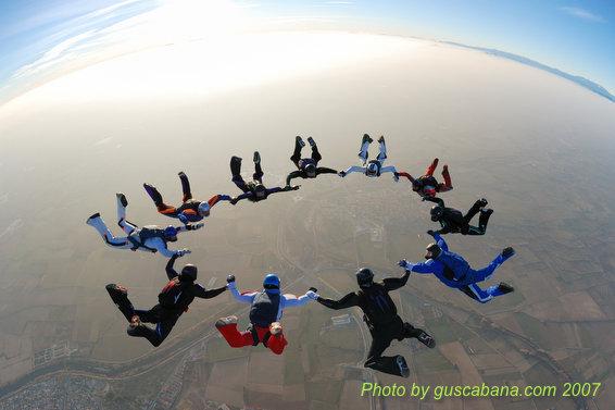 paracaidismo--08-01-01_1614.JPG