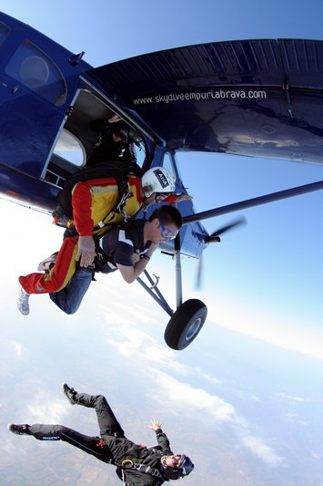 paracaidismo--byMikeBurdon.jpg