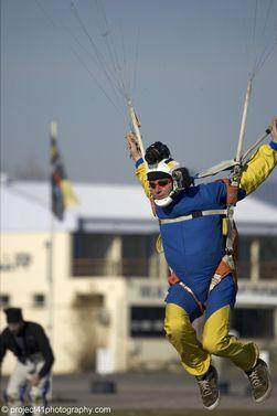 paracaidismo--x-ams-2007_by_gary_burchet-(11).jpg
