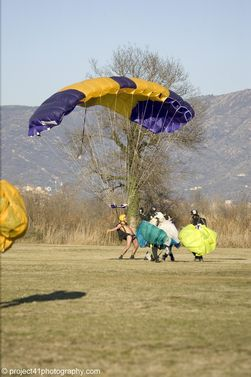 paracaidismo--x-ams-2007_by_gary_burchet-(23).jpg