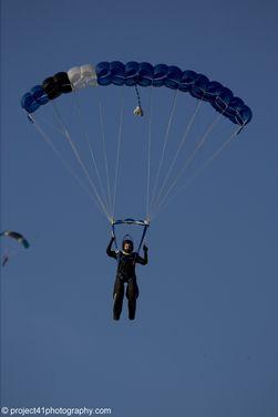 paracaidismo--x-ams-2007_by_gary_burchet-(29).jpg