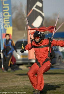 paracaidismo--x-ams-2007_by_gary_burchet-(9).jpg