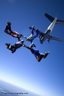 paracaidismo--by-gary-burchett-050908-(16).jpg
