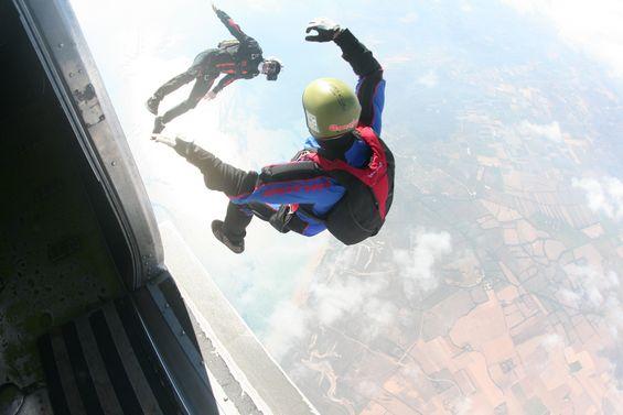 paracaidismo--by_foggy071008-4.jpg
