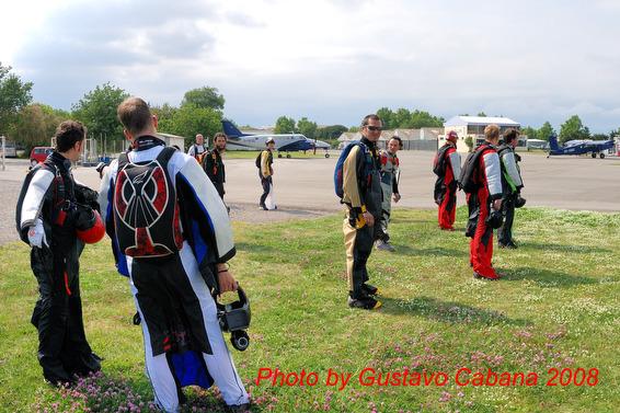 paracaidismo--08-05-06_046.JPG