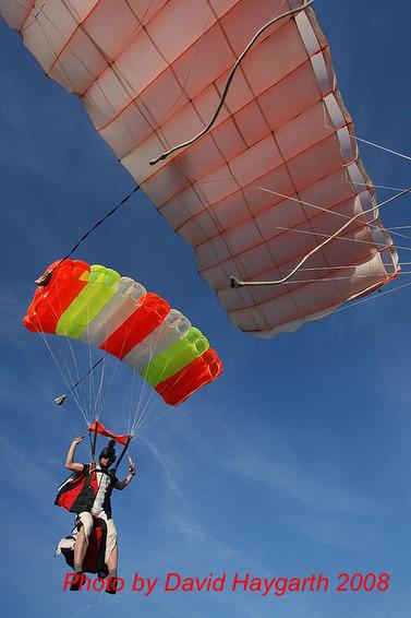 paracaidismo--gforum-5.cgi.JPG