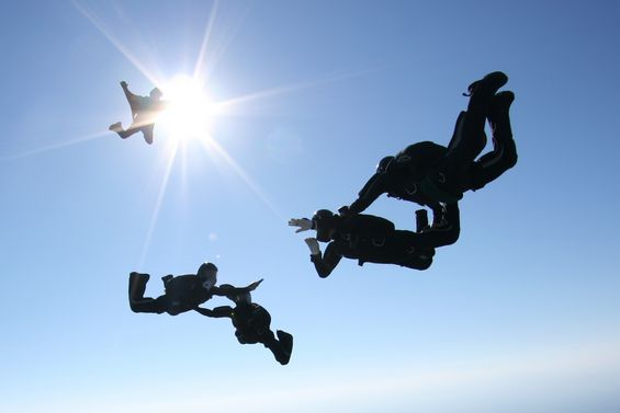 paracaidismo--BRIPAC_by_juanma_Ruix.JPG