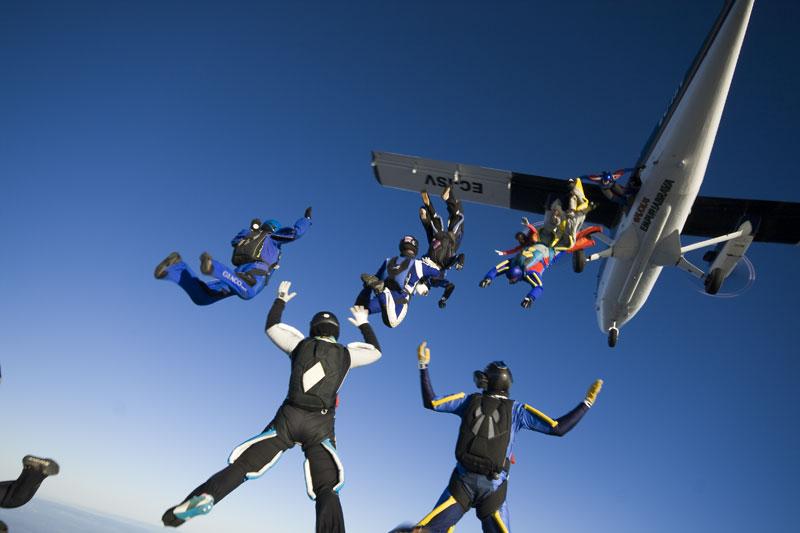 paracaidismo--231208byProject41.jpg