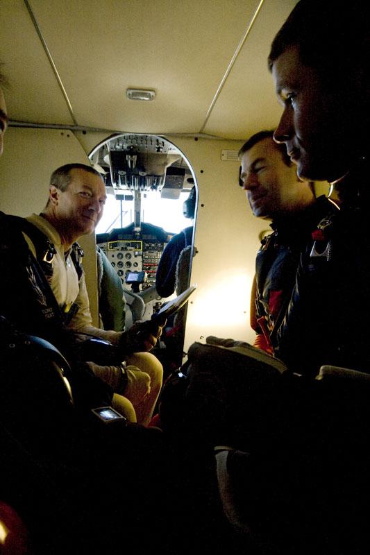 paracaidismo--241208byProject41-(1).jpg