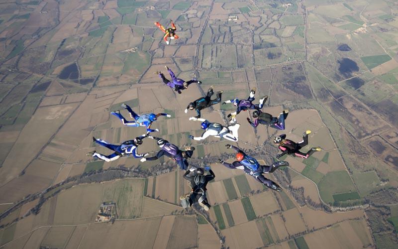 paracaidismo--ChristmasBoogie2008ByProject41090104-(5).jpg
