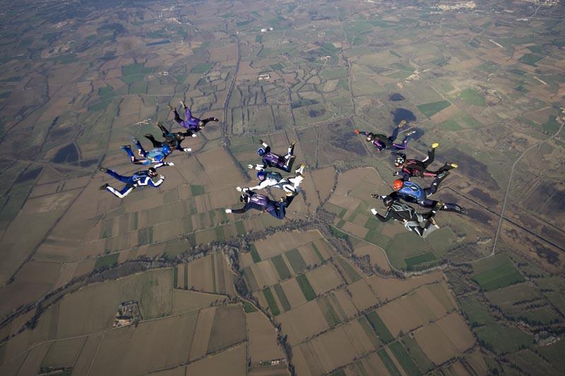 paracaidismo--ChristmasBoogie2008ByProject41090104-(6).jpg