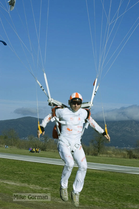 paracaidismo--xmasBoogie08ByMikeGorman-(13).jpg