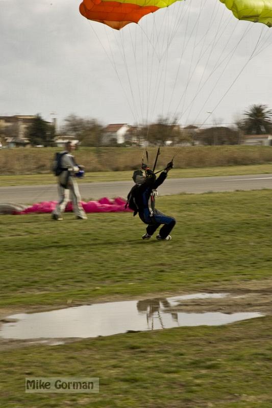 paracaidismo--xmasBoogie08ByMikeGorman-(40).jpg