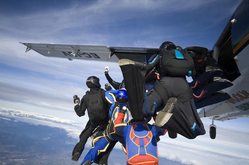 paracaidismo--xmasBoogie08ByProject41-(3).jpg