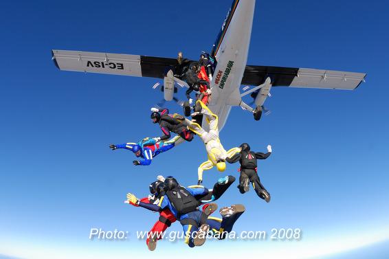 paracaidismo--xmasBoogieByGusCabana081231-(1).JPG