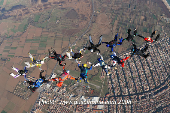 paracaidismo--xmasBoogieByGusCabana081231-(20).JPG