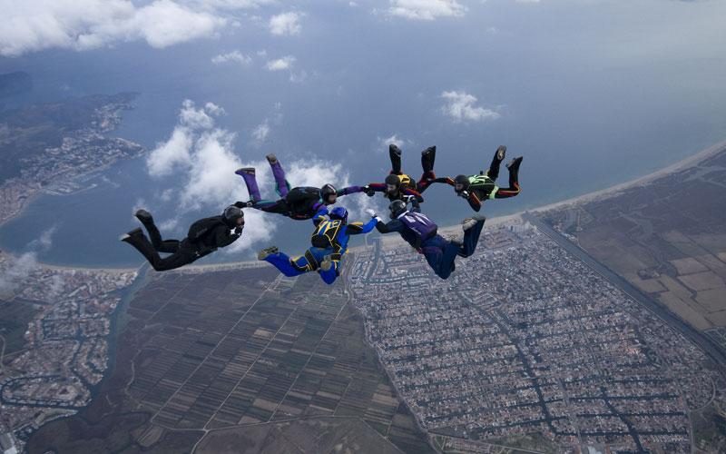 paracaidismo--xmasBoogiebyProject41-251208-(22).jpg