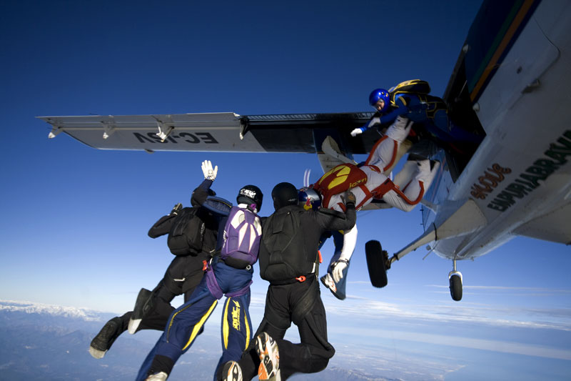 paracaidismo--xmasBoogiebyProject41-251208-(3).jpg