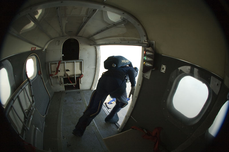 paracaidismo--xmasBoogiebyproject41301208.jpg