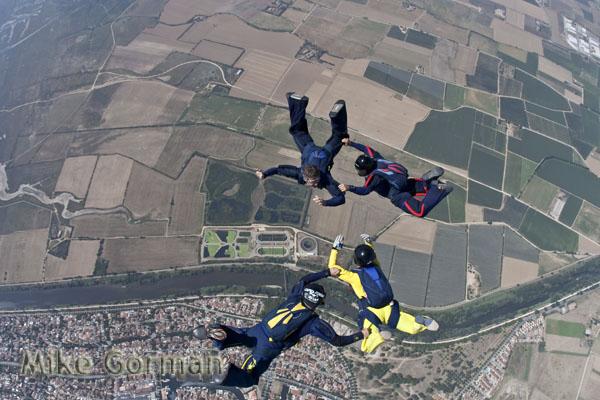 paracaidismo--byMikeGorman030809.jpg