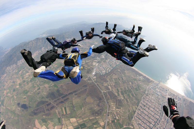 paracaidismo--p_hotweekend0209byWillPenny.JPG