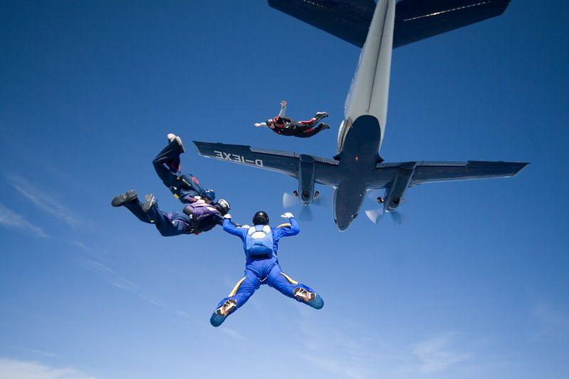 paracaidismo--tn_easterBoogie949Project41-(17).jpg