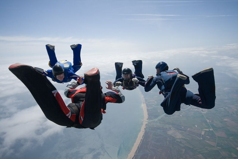 paracaidismo--tn_easterBoogie949Project41-(18).jpg