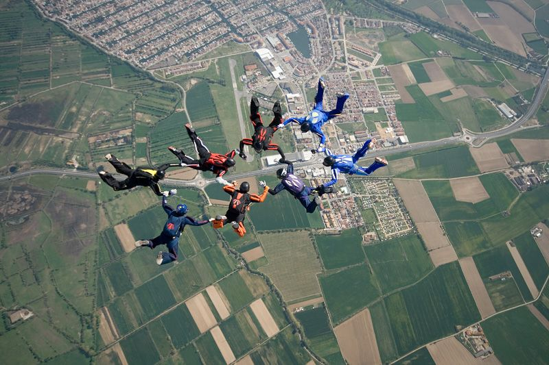 paracaidismo--tn_easterBoogie949Project41-(33).jpg