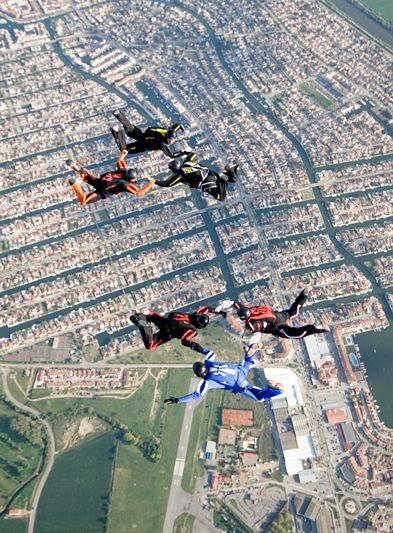 paracaidismo--tn_easterBoogie949Project41-(35).jpg