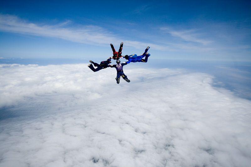 paracaidismo--tn_easterBoogie949Project41-(5).jpg