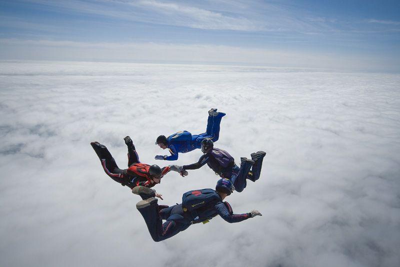 paracaidismo--tn_easterBoogie949Project41-(6).jpg