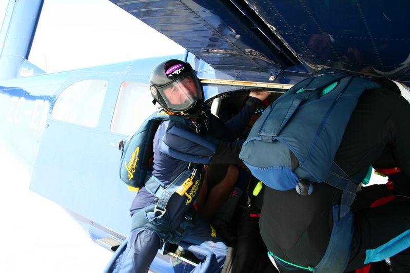 paracaidismo--tn_ByMattFog2359HotWeekender-(14).JPG