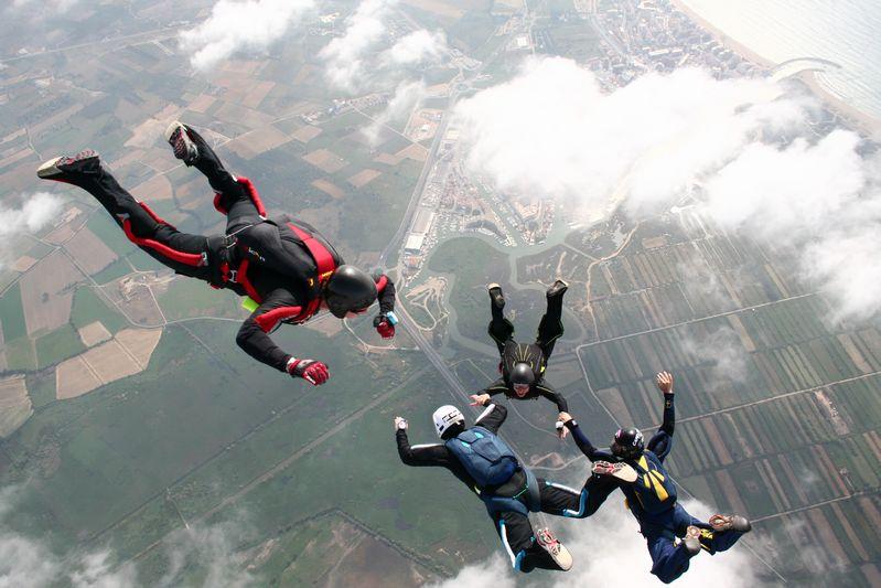 paracaidismo--tn_ByMattFog2359HotWeekender-(21).JPG