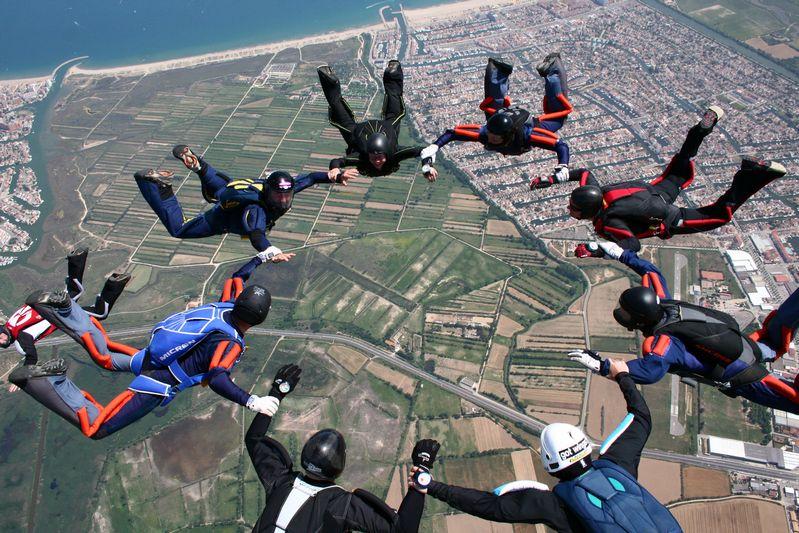 paracaidismo--tn_ByMattFog2359HotWeekender-(4).JPG