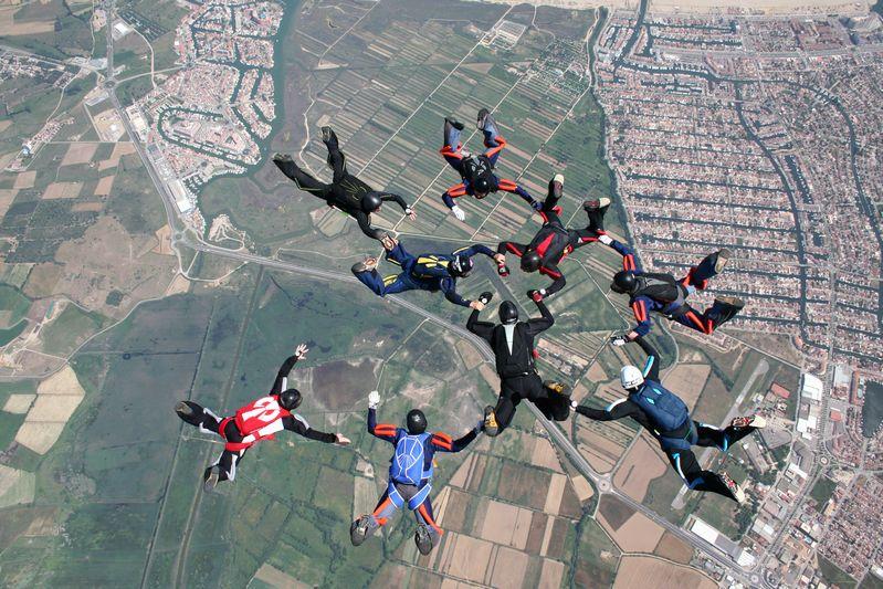 paracaidismo--tn_ByMattFog2359HotWeekender-(5).JPG