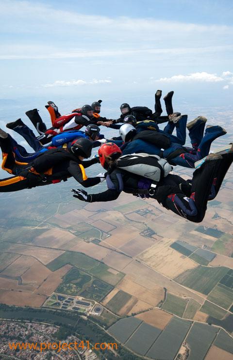paracaidismo--hotWeekenderByProject41169-(11).jpg