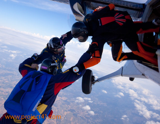 paracaidismo--hotWeekenderByProject41169-(16).jpg