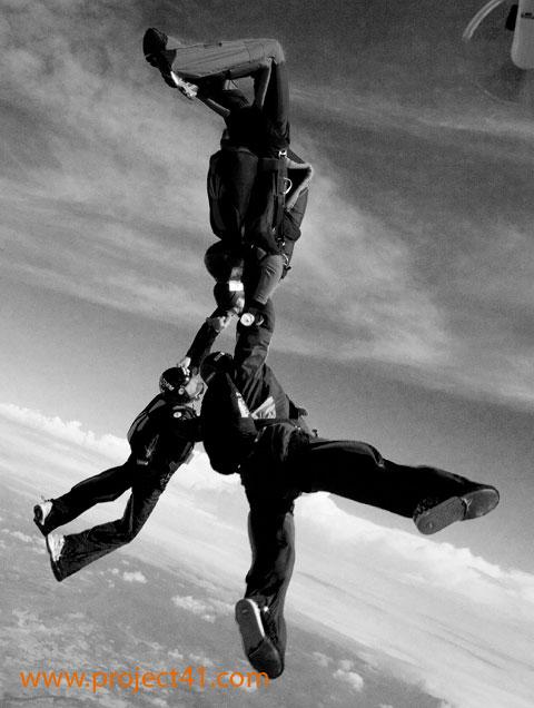 paracaidismo--hotWeekenderByProject41169-(18).jpg