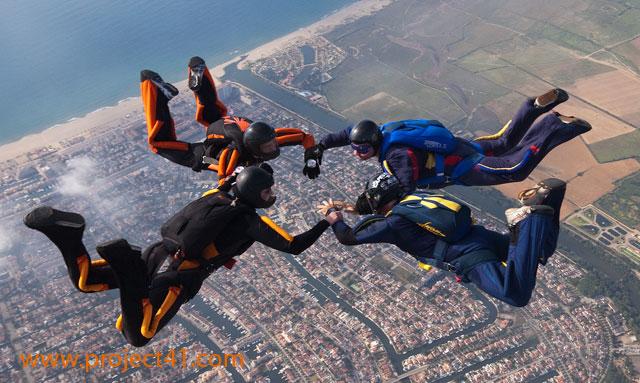 paracaidismo--hotWeekenderByProject41169-(19).jpg