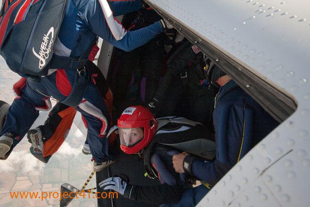 paracaidismo--hotWeekenderByProject41169-(3).jpg